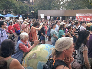 citizens-across-the-globe-demand-action-on-climate-change