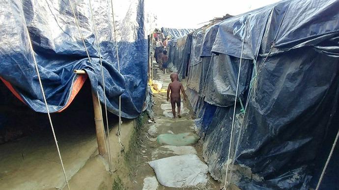 Boy in the camp Rohingya