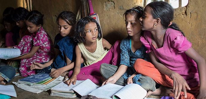 Children in refugee camps in Bangladesh