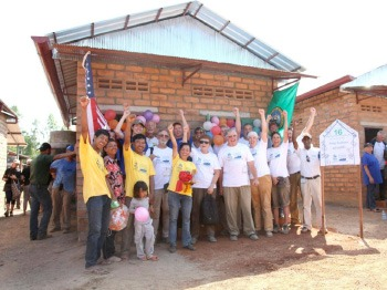 habitat-cambodia-big-build-2013